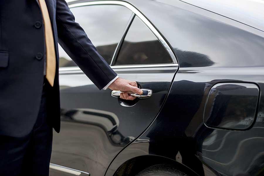 When Should You Hire a Limousine?